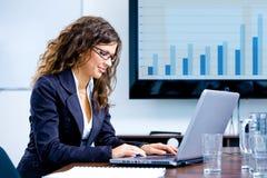 businesswoman laptop using Στοκ Εικόνες