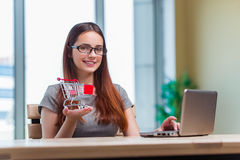 The businesswoman in online shopping concept Royalty Free Stock Photography