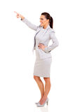 Businesswoman pointing up Royalty Free Stock Photos