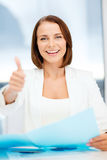 Businesswoman showing thumbs up Royalty Free Stock Photography