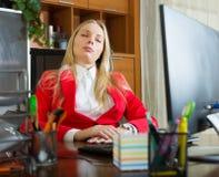 Businesswoman sleeping on the job Royalty Free Stock Photos