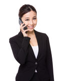 Businesswoman talk to cellphone Royalty Free Stock Photos