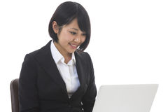 Businesswoman to see a computer Royalty Free Stock Images