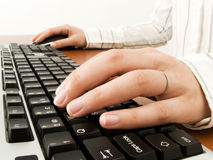 Businesswoman typing in the computer Royalty Free Stock Photos