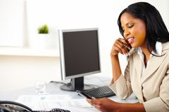 Businesswoman using a mobile phone Royalty Free Stock Photography