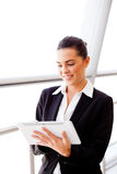 Businesswoman using tablet Royalty Free Stock Photography
