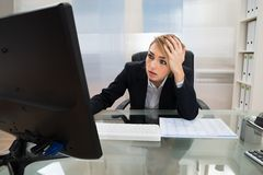 Businesswoman working on computer Royalty Free Stock Photography