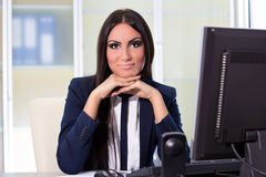 Businesswoman working at the computer Royalty Free Stock Photos