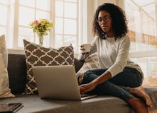 Free Businesswoman Working From Home Royalty Free Stock Photo - 119547315