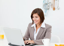 Businesswoman working on her laptop Royalty Free Stock Photography