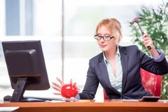 The businesswoman working in the office Royalty Free Stock Photos