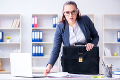 The businesswoman working in the office at desk Royalty Free Stock Photos
