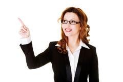 businesswoman wskazuje się Obrazy Royalty Free