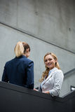 Businesswomen having a conversation Royalty Free Stock Photo