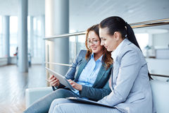 Businesswomen at office Royalty Free Stock Photos
