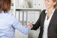 Businesswomen Shaking Hands Royalty Free Stock Images
