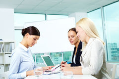 Businesswomen at work Royalty Free Stock Photos