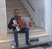 Busker In Heraklion, Kreta Grekland royaltyfria foton