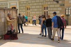 Busker på Grodzka Ulica arkivbild