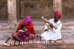 Buskers bij het fort van Jaisalmer Stock Afbeelding