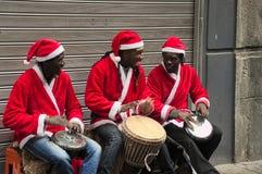 Buskers, felicidad, africano, hombres Foto de archivo libre de regalías