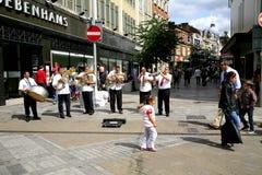 Busking musikband för gata royaltyfri fotografi