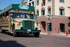 Buss för gammal stil för sight i Deadwood, South Dakota arkivbild