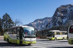 Buss i Hailuogou Fotografering för Bildbyråer