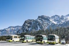 Buss i Hailuogou Arkivbilder