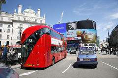 buss nya london Arkivbild