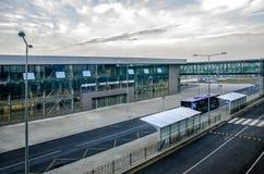 Bussa på flygplatsen Royaltyfria Foton