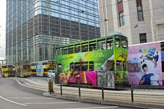 Bussar för dubbel däckare i Hong Kong, Asien Arkivbilder