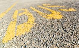 Bussfil och parkeringsfläck Royaltyfri Foto