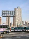 Bussgarage i New York City Arkivfoto