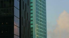 从bussiness塔的摘要 股票视频