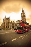 busslondon red royaltyfria bilder