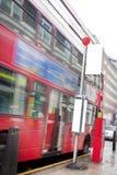 busslondon stopp fotografering för bildbyråer