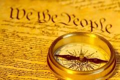 Bussola e costituzione di Stati Uniti Immagini Stock Libere da Diritti