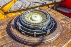 Bussola magnetica fotografia stock libera da diritti