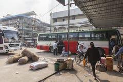Bussstation i Phnom Penh Arkivbild
