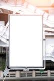 Busstationaanplakborden Royalty-vrije Stock Afbeeldingen