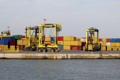 Bussy Behälterhafen lizenzfreies stockbild