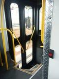 Bustürbrunnen der öffentlichen Transportmittel Stockbild