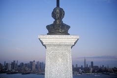 Bust of Alexander Hamilton in NJ with New York city skyline in background Royalty Free Stock Images