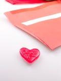 Busta rossa con cuore Fotografia Stock