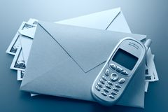 Busta, telefono, dollari Immagine Stock Libera da Diritti