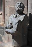 Buste de l'homme qui attendent un message de Dieu Photographie stock libre de droits
