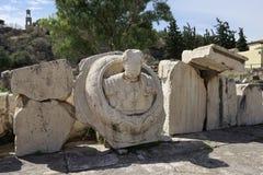 Buste de Roman Emperor Marcus Aurelius dans le site archaelogical Images stock