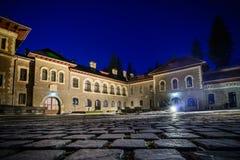 Busteni Rumänien - Juni 10: Den Cantacuzino slotten, Juni 10, 201 Arkivbilder