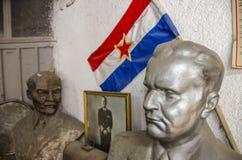 """Busti del †di Vladimir Ilyich Ulyanov - di Lenin e di Josip Broz Tito """" fotografia stock libera da diritti"""